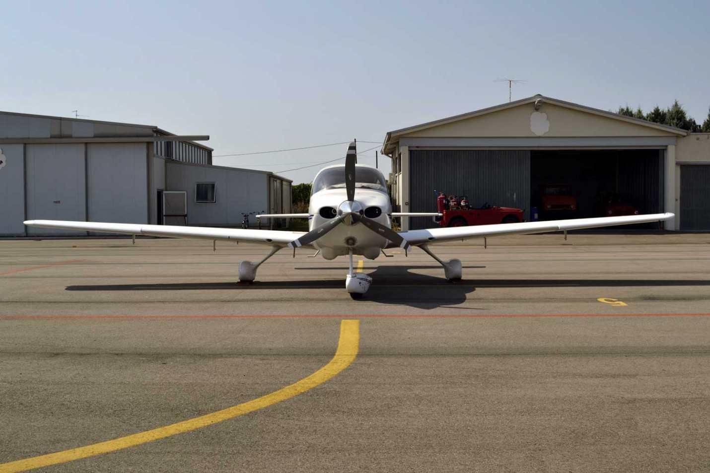 Gast Trailer Aviation Fuel Trailer