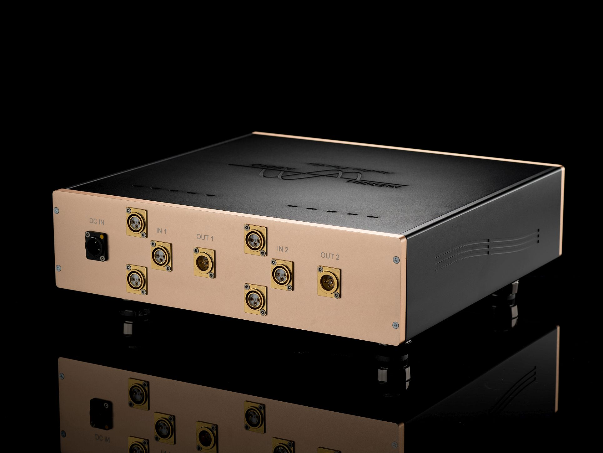 Master Trident Tapehead Preamp Back