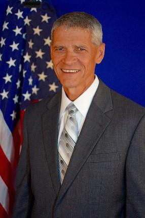 Carlos Kingston, Senior V.P. of Qualis Corporation