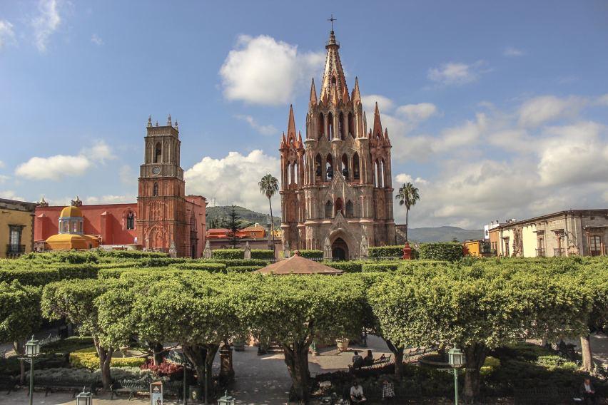 Jardin Principal Main Plaza