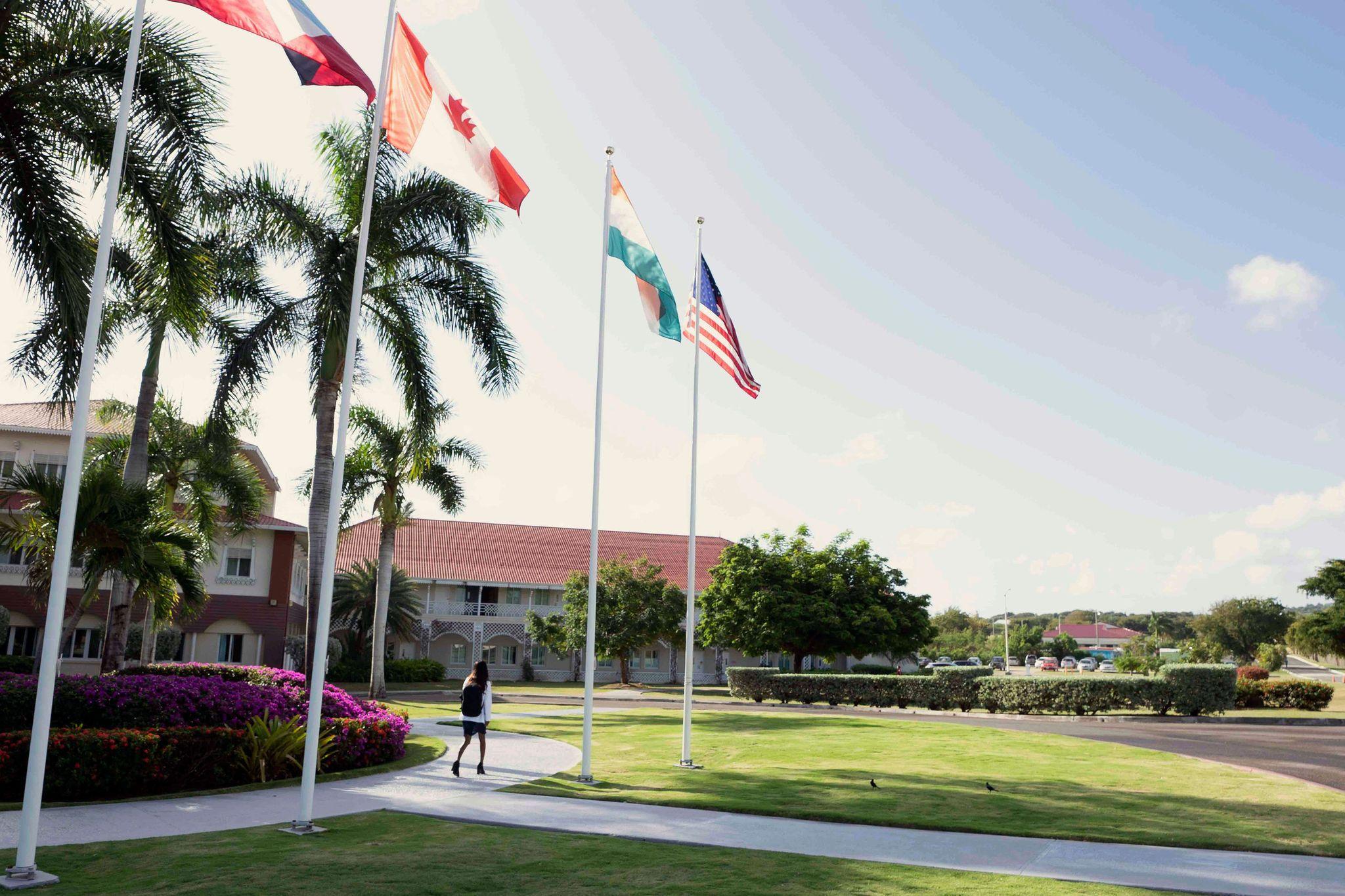 American University of Antigua College of Medicine