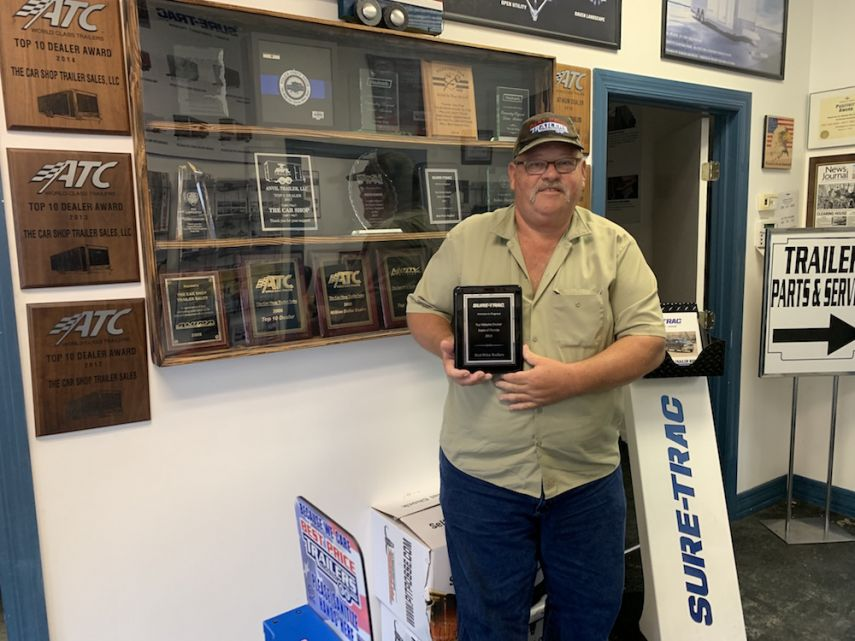 Robin Hanger with Suret-Trac Award.