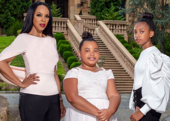 Raquel, Sophia and Maria Thomas are entrepreneurs