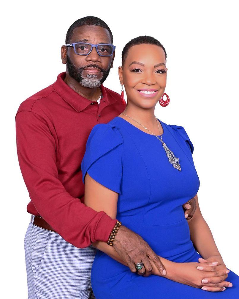 Mr. & Mrs. Mason Money TALKS$
