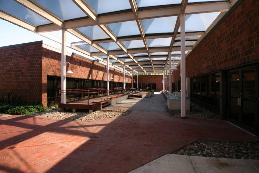 305 College Road, Princeton Laboratory & Office