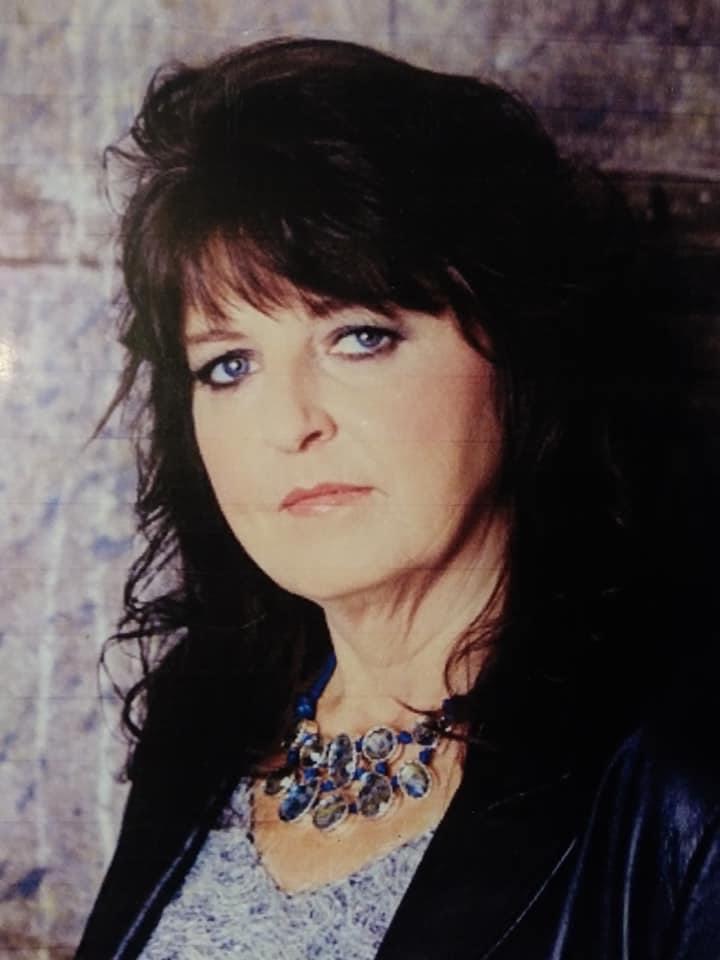 Country Singer Songwriter Hollyann