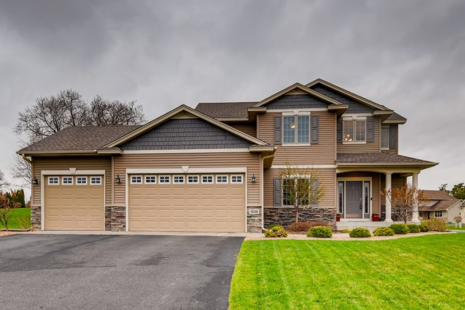 Home for sale in Hugo