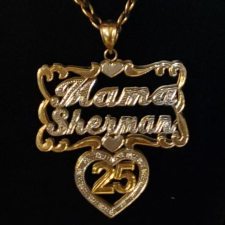 Mama Sherman 25 Pendant