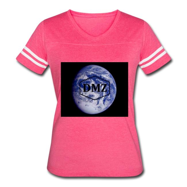 DMZ Womens Vintage Sport T Shirt Pink & White