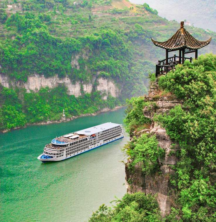 Sailing In The Gorges Region Century Cruises