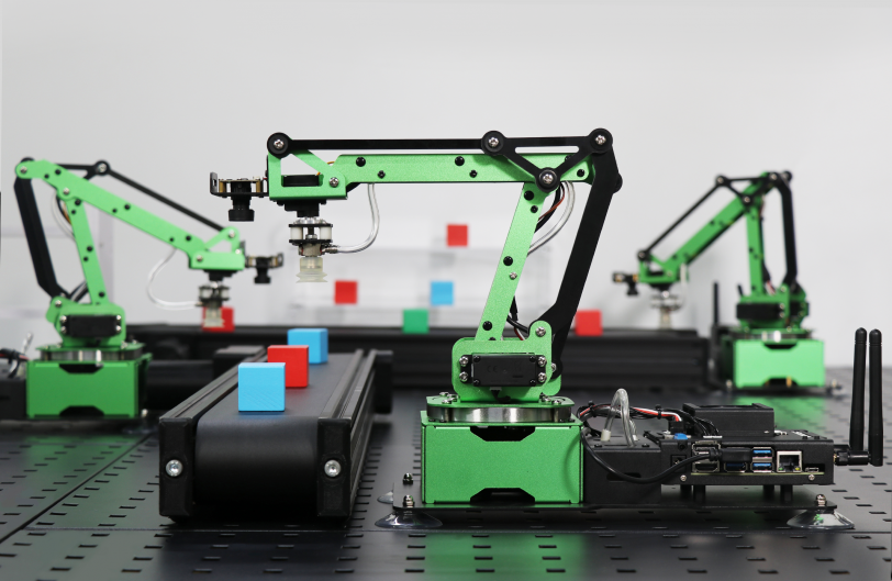 Multiple JetMax robots collaborate in simulation