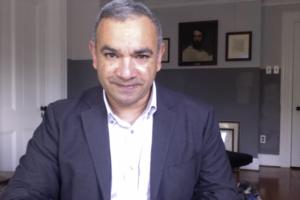 Oscar Marin facilitates the LGBTQ+ WAE meeting